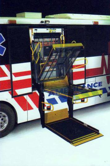 اتوبوس آمبولانس 4